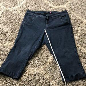 Torrid Denim Jeans Capri